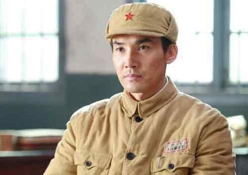 杜杜聿明将军简介 王英光将军简介 功德林战犯管理所第一任所长王英光吗