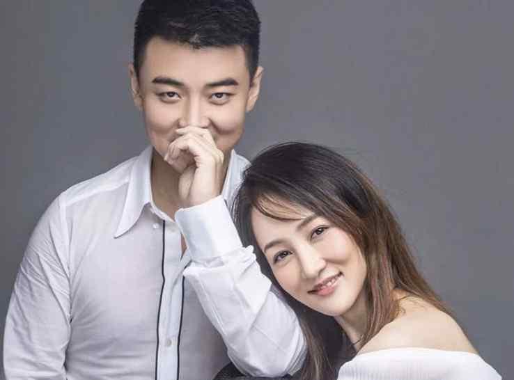 彭陆洋王皓结婚照片 盘点历届王皓女友 如今的他收获了一个幸福的家庭