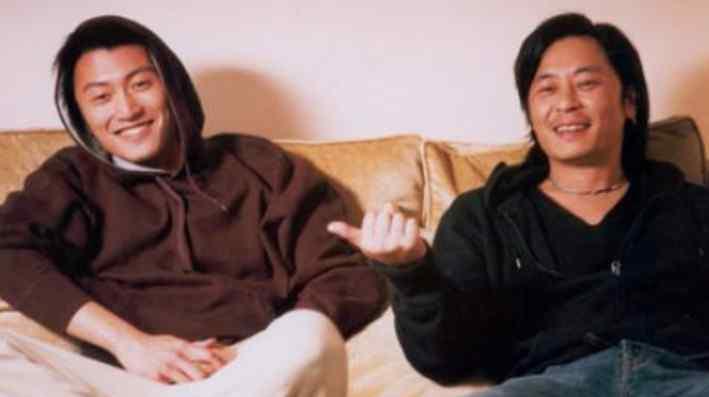 王杰的嗓子被谁害的 王杰2001年后嗓子变了 前途尽毁放弃歌坛成浪子
