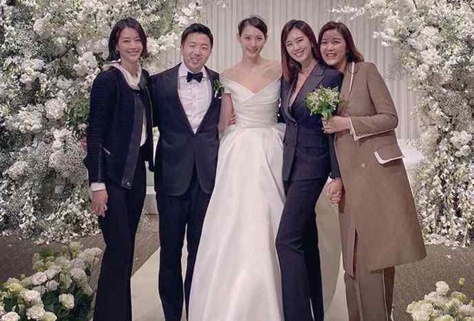 金秀贤电视剧大全集 金秀贤结婚了没有   在结婚当天穿韩服是金秀贤的梦想