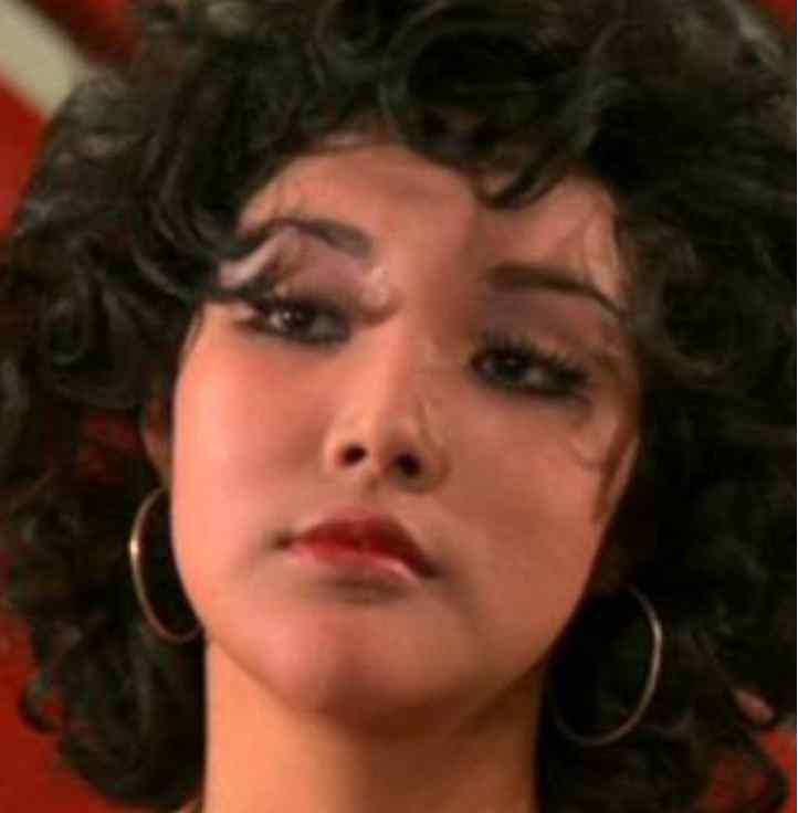 余莎莉 她是将门之女 家道中落后步入影坛 晚年贫困潦倒入住贫民窟
